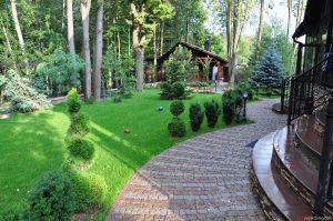 Грунтовые дорожки в саду