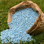 Кто будет контролировать химикаты и удобрения?