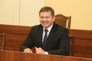 министр чекусов