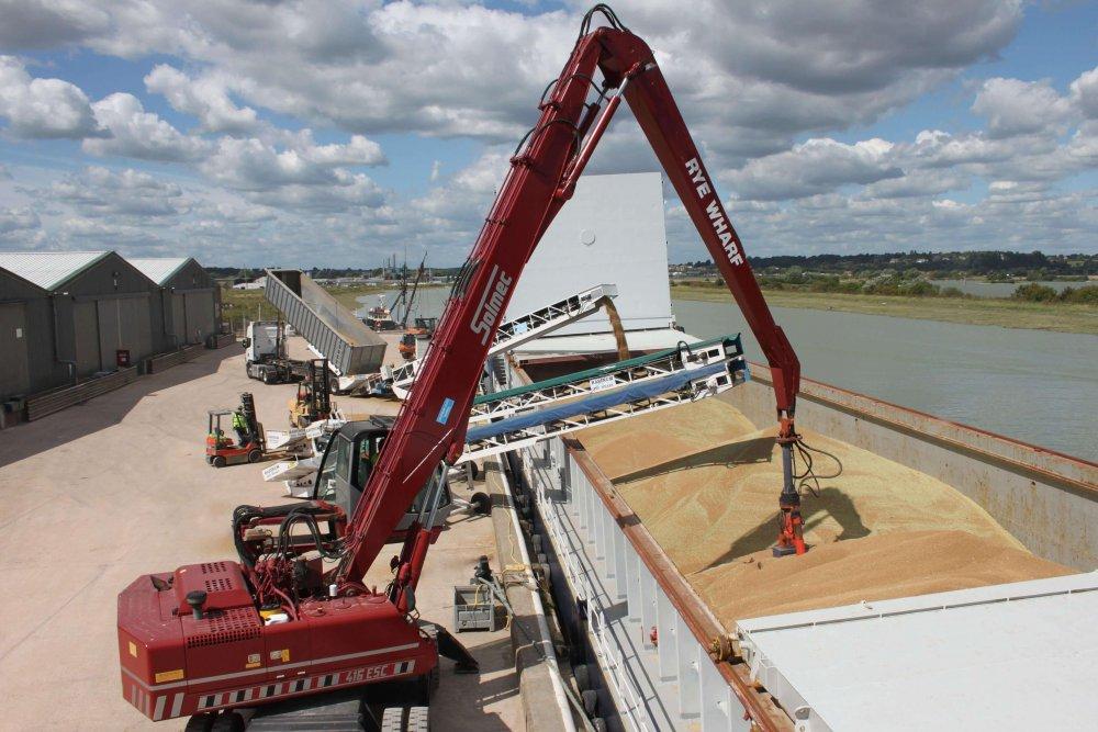 РОссия наращивает объемы экспорта зерна