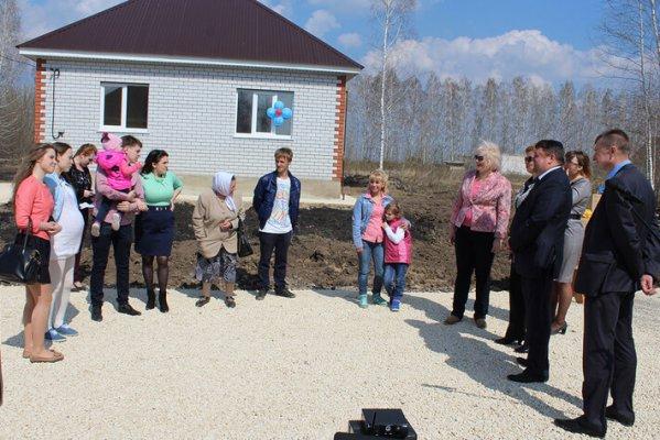 Сельчане Ростовской области получают ноове жилье