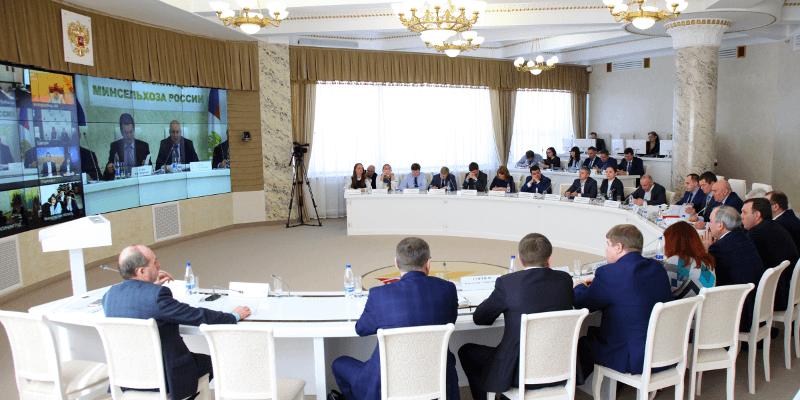 Хатуов провел видеоконференцию по вопосу льготоного кредитования фермеров