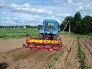 Комбинированный агрегат для предпосевной обработки почв