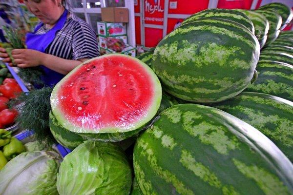 Россельхознадзор не пропустил пять фур с овощами и фруктами в Россию