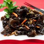 На территории Хабаровского края планируется совместное российско-китайское производство по выращиванию черных грибов и клюквы