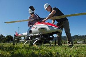 Уральские ученые и студенты изобреьают летающий трактор-беспилотник