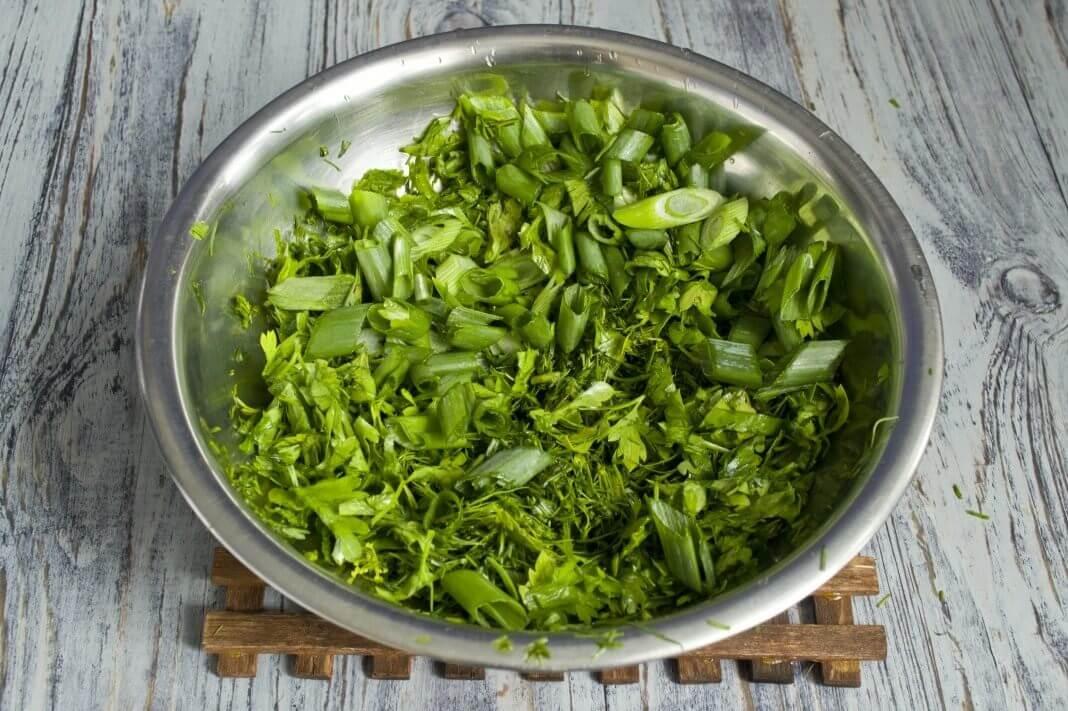 Салат из лука-батуна