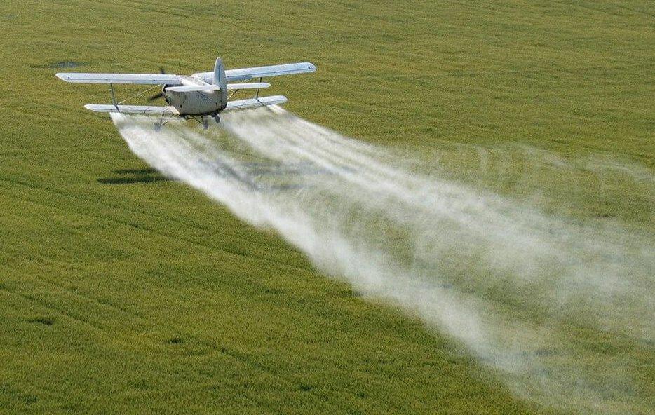 Химическая защита пшеницы, распыление