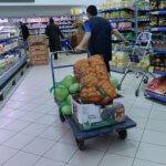 Поставщиков продовольствия штрафуют за невыполнение непосильного объема поставок