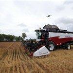 Уборку урожая зерновых в Томской области провел комбайн без водителя