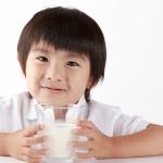 На Дальнем Востоке начнут строить предприятия по экспорту российского молока в КНР
